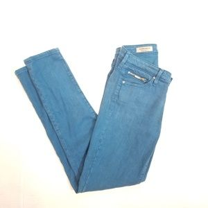 Adriano Goldschmied -The Stevie Ankle Zip Jeans
